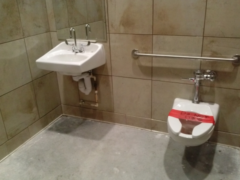 the two pictures above show the difference between a toilet left and a wallhung toilet right the area below the wallhung toilet is